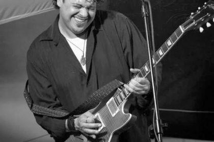 Live music w/ Dave Herrero